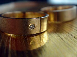 Bague en or avec diamant